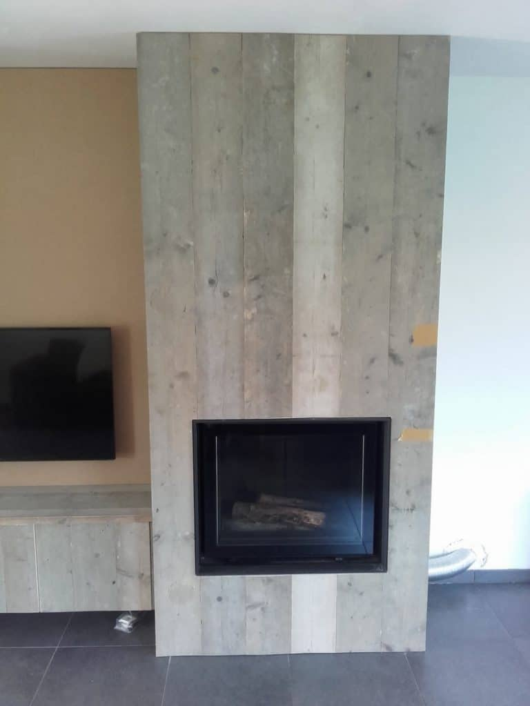 Deboosere interieurinrichting | Haardwand Steigerhout image 12