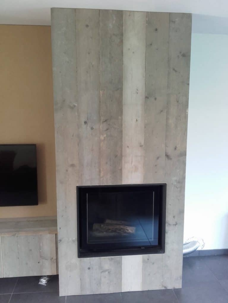 Deboosere interieurinrichting | Haardwand Steigerhout image 13