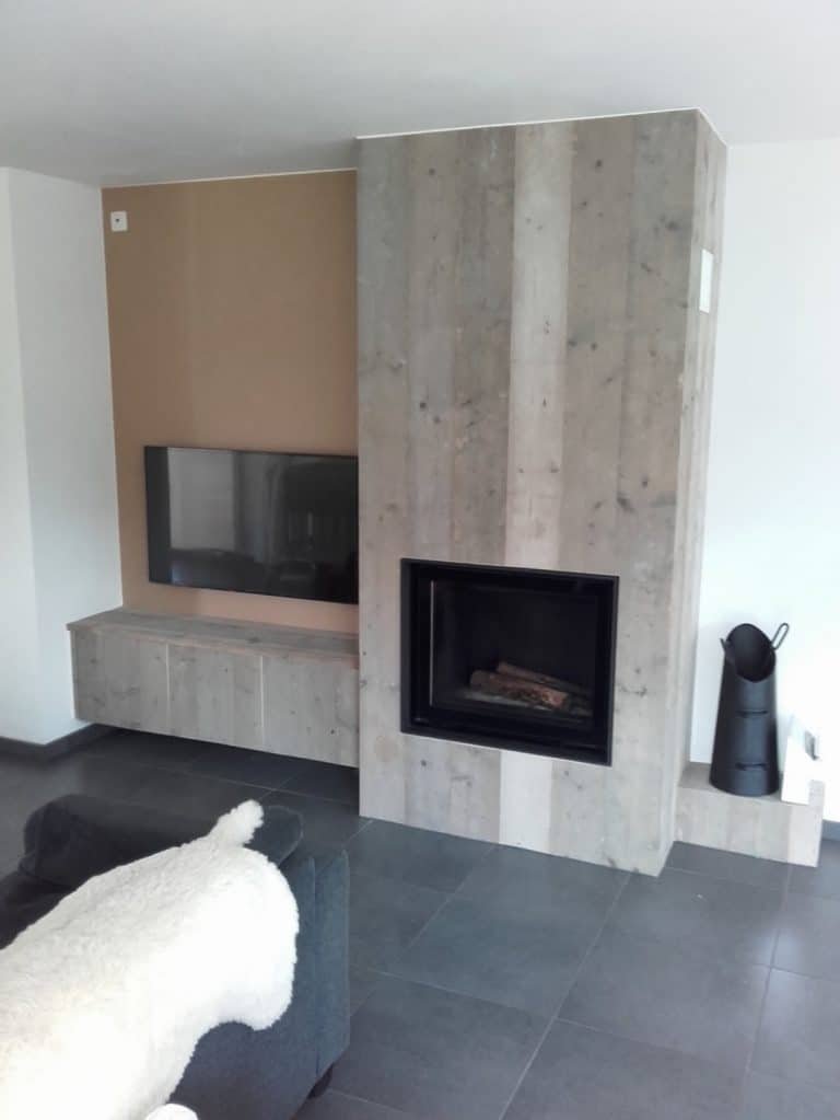 Deboosere interieurinrichting | Haardwand Steigerhout image 17