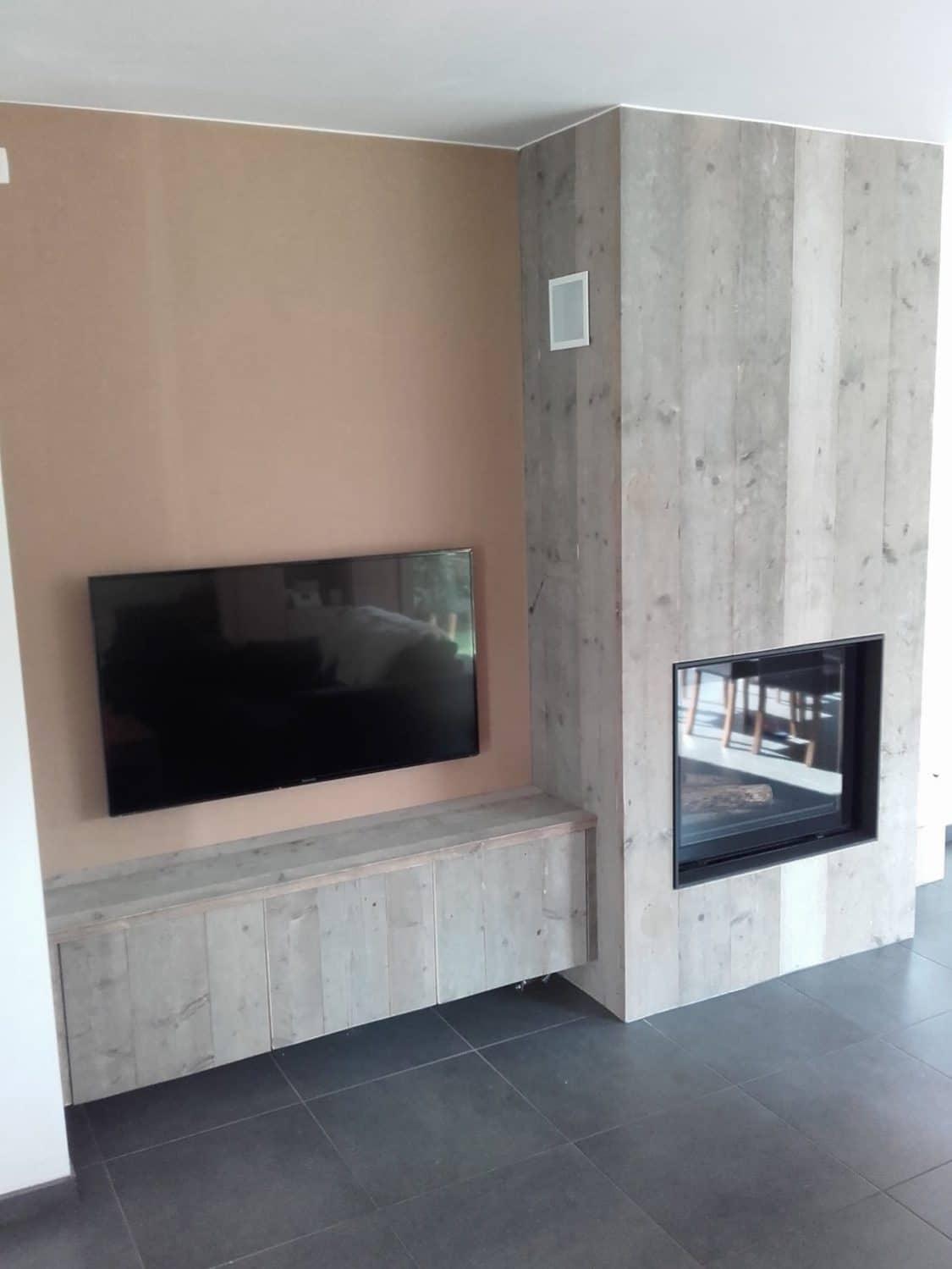 Deboosere interieurinrichting | Haardwand Steigerhout image 18