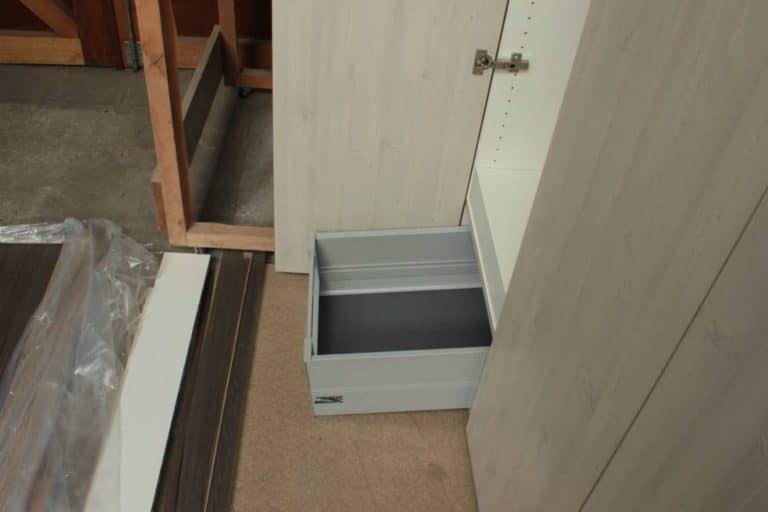 Deboosere interieurinrichting | Vestiairekast image 5