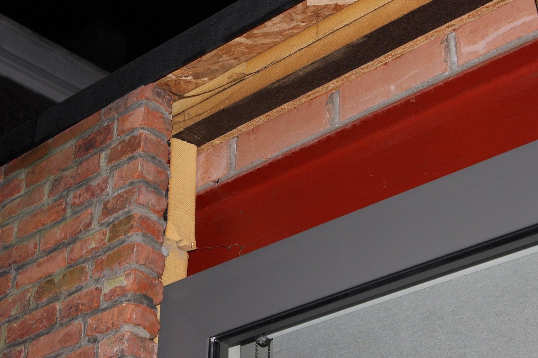 Deboosere interieurinrichting | Dakoversteek in Cederplanchetten image 2