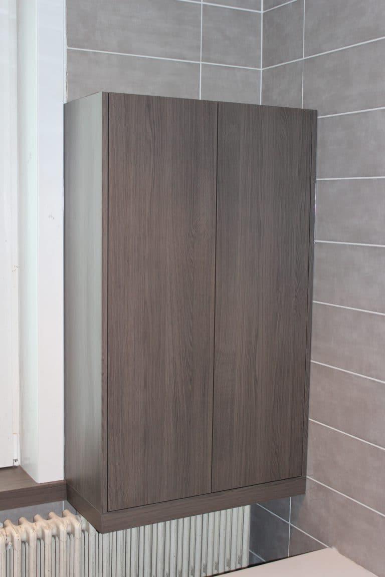 Deboosere interieurinrichting | Badkamerkast en vensterbankjes image 1
