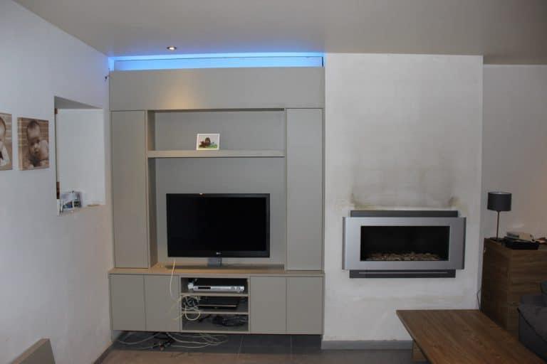 Deboosere interieurinrichting | TV meubel en kast rond haard image 6