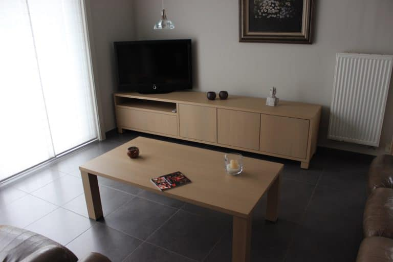 Deboosere interieurinrichting | Los meubel in eik fineer image 4