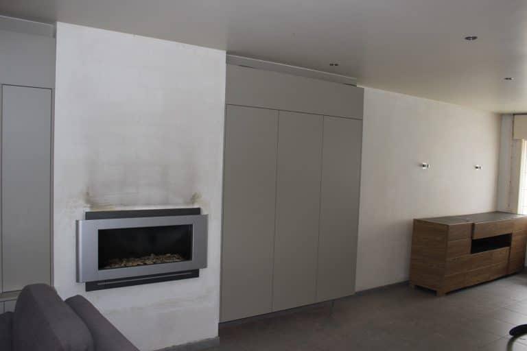 Deboosere interieurinrichting | TV meubel en kast rond haard image 8