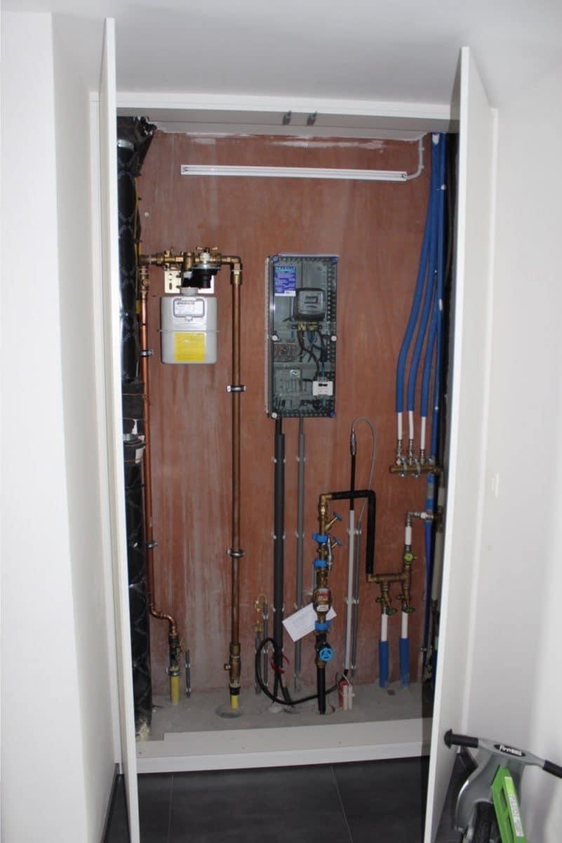 Deboosere interieurinrichting | Elektriciteits- en waterkast image 2