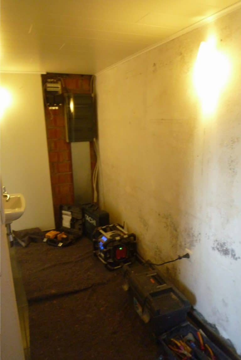 Deboosere interieurinrichting | Van badkamer naar berging image 12